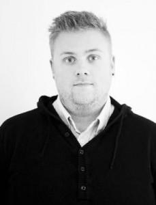 Andreas Bard arbetar med marknadsföringen av Egil Blodvite och är även ansvarig för administration och teknik.